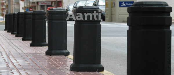 Pilonas aparcamiento en Torrevieja